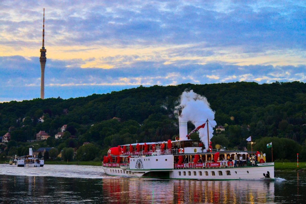 Jazz on the Elbe: The Riverboat Shuffle features concerts on board of Dresden's paddle steamers.